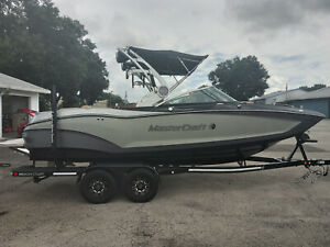 2019 MasterCraft X22 with Trailer only 29 hours Like brand New!