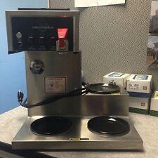 Bloomfield 8572 Coffee Brewer / 3 Burner / Low Profile (710)