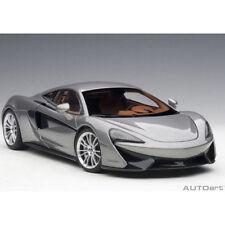 Autoart McLaren 570S 1:18 Model Car Blade Silver 76043