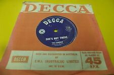 australian pressed 7 inch single   the zombies shes not there decca photo soon