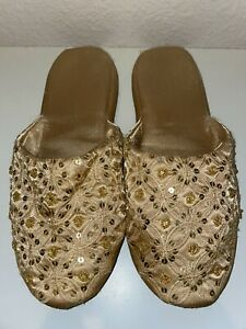 Woman's Gold Sequin Closed Toe Slippers ~ Size 10 Costume / Halloween