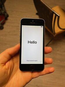 Apple iPhone 5s - 64GB - Space Gray