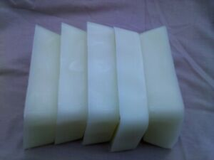 Paraffin Candle Wax 1.8kg OFF WHITE / CREAMS in colour to make candles.