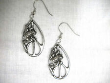 PEACE SIGN DROPLET TREE FROG PEWTER PENDANT SIZE PAIR OF EARRINGS PEACE FROGS