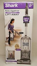 Shark Navigator Professional Lift-away UV540 w/ Dusting Brush & Dust-Away Tool