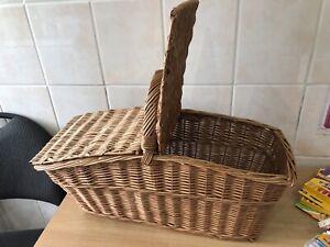 Large Wicker Picknic Basket Handmade