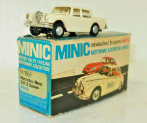 Triang OO Scale Minic Motor Rally Mercedes-Benz 220S
