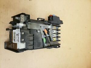 2009 CITROEN C4 1.6 DIESEL FUSE BOX  Battery Control module 28201235  , 97993N02
