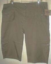 NWT Ladies Plus 26W Taupe Brown STRETCH CARGO SHORTS Route 66 FREE SHIPPING