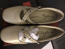 BNIB LUNAR COMFORT BEIGE SMALL HEEL SHOES UK SIZE 4