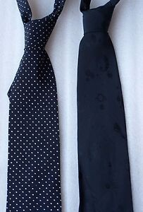 Modern Designer Stylish Black Silk Tie w White Polka Dot or Satin Circles Design
