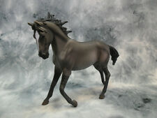 CollectA NIP * Mustang Mare - Grulla * Model Horse Replica Figurine Toy 88544