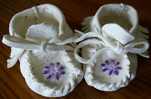 SMALL Beaded Buckskin Baby moccasins red