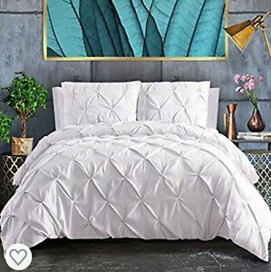 ASHLEYRIVER 3 Piece Duvet Cover with Zipper - White - Size: Double