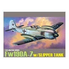 Dragon 5545 Focke Wulf Fw 190A-7 avec Slipper tank échelle 1/48 Kit Plastique