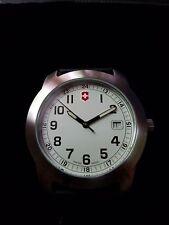 NWT Victorinox Swiss Army VICT 26000.CB Classic Field Watch One left