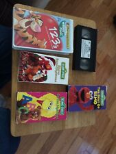 Lot of 4 VHS,sesame Street And 1 VHS Disney Pooh 123's