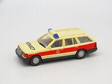 Wiking 1/87 HO - Mercedes 230 TE Ambulance Notartz