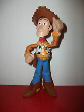 Figurine électronique woody cowboy Toy Story  Disney Pixar figure 20 cm mattel