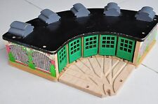 THOMAS TANK ENGINE Wooden Railway Tidmouth Sheds Roundhouse 5 way entry track