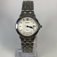 Seiko Womens 7N82-0BR0 Stainless Steel Date Indicator Link Bracelet Watch