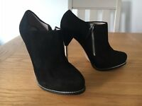 ZARA UK6.5 SIZE 40 LADIES BLACK SUEDE ANKLE BOOTS BOOTIES SHOES WORN ONCE EX CON