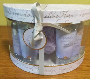 Lavender Signature Florals Toiletries Gift Set