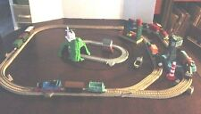 THOMAS THE TRAIN LOT B OF TRAINS, TRACKS, CRANKY THE CRANE, & ACCESSORIES