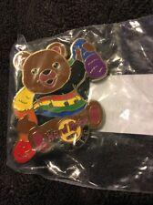 Hard Rock Cafe Pin Gay Pride Bear San Diego 2012 pin-LE300