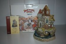 David Winter Cottages King Canute Castle D1123 Box Coa 2001 Numbered Limited
