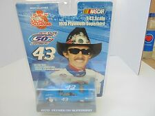 Richard Petty #43 Nascar Diecast 1/43rd Scale 1970 Plymouth SUPERBIRD Collectabl