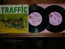 1967 2x Traffic Hole In My Shoe / Smiling Phases 1st Pink label Island &Mulberry