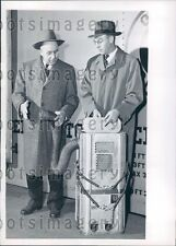 1947 Portable Alcohol Heater Keeps Fruit From Freezing on Trains Press Photo