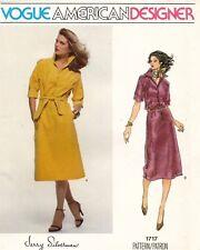 1970's VTG VOGUE Bridal Dress Jerry Silverman Pattern 1717 Size 10 UNCUT