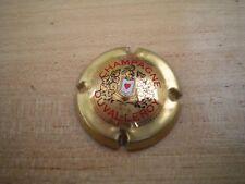 capsule de champagne duval leroy  n°7   (or,rouge,noir et blanc)  cote 10€