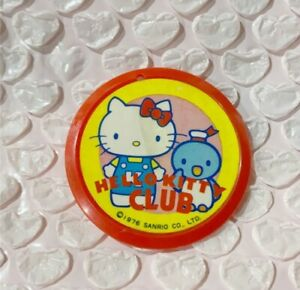 Sanrio Hello Kitty Club Limited Can Badge 1976