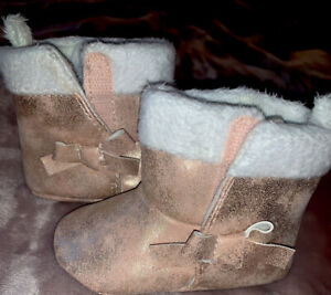 Child of Mine Carter's 3-6 Month Baby Girl Booties with Bow Super Sparkle🥰 NEW