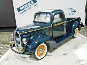 "Danbury Mint 1:24 1938 Ford Pickup Truck ""Washington Blue"" W/ Papers!"