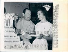 1965 Comedian Joe E Brown w Nurse Franklin Blvd Community Hospital Press Photo
