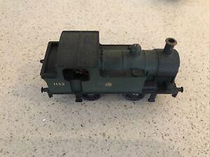 Triang Hornby Tank Engine 0-4-0 1152 loco GWR