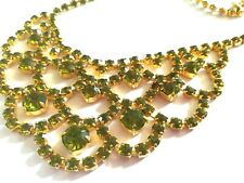 NECKLACE~ DIAMONTE BEAUTIFUL GREEN SPARKLING NECK DISPLAY ~PRETTY