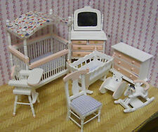 1:12 Scale 8 Piece Pink & White Nursery Set Tumdee Dolls House Bedroom 899p