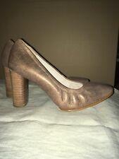 Ladies Clarks high heels Court Shoes Grace Eva Bronze metalic size 7.5 D New