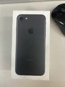 Apple iPhone 7 32GB Black LTE Cellular Straight Talk/TracFone MN8G2LL/A - TF