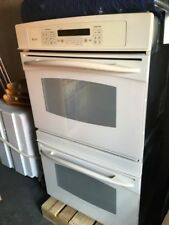 GE electric double profile oven, white color, barely used