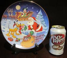 RARE Disney LE Bradford Christmas Mickey Mouse Pluto Ceramic Porcelain Plate