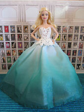 BEAUTIFUL DE-BOXED 2016 HOLIDAY BARBIE DOLL