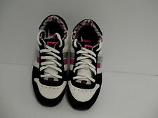 Women's dc skate shoes size 6 us nice color