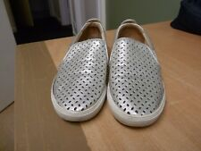 LADIES NINE WEST SLIP ON SHOES - FLATS - SILVER COLOUR WEBBING FRONT - LOOK