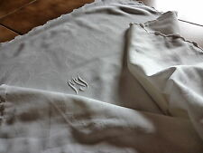 "grande taie oreiller ancienne blanche DAMASSé a motifs  mono "" M J "" festonnée"